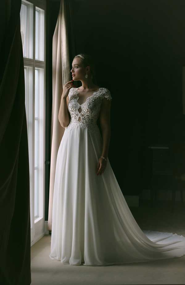 Annais Wedding Dress Espressia