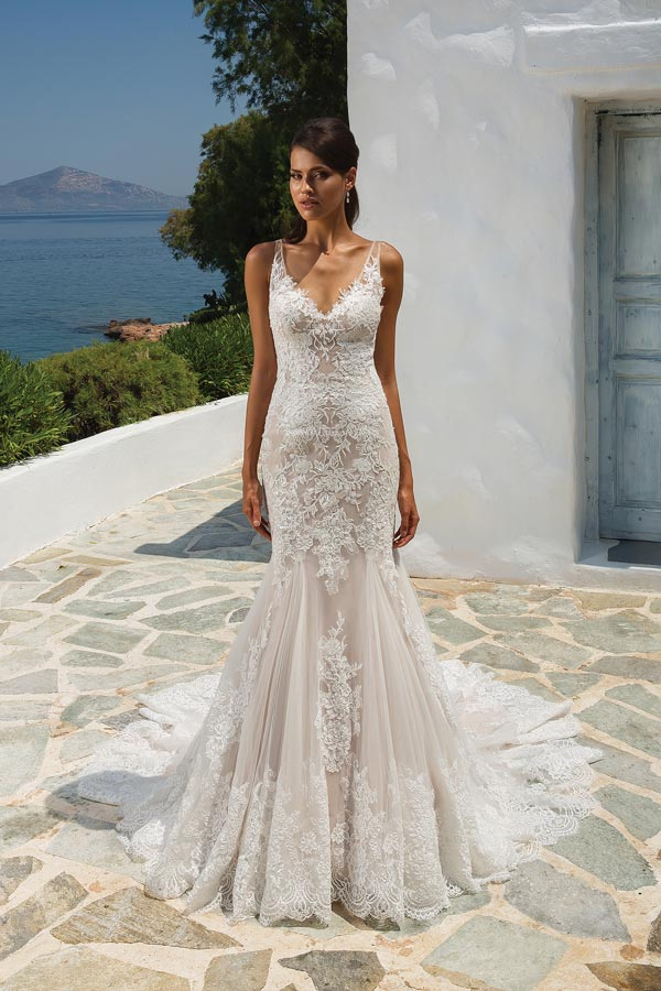 Allover Lace Fit And Flare Gown With Illusion Straps Deep V Back Style 8961 Read More Justin Alexander
