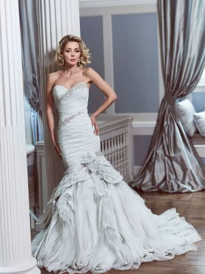 Ian-Stuart-Wedding-Dress-Web-Copacabana