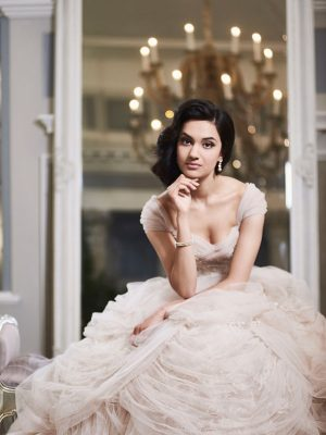Ian-Stuart-Wedding-Dress-Web-Fairytale-AD