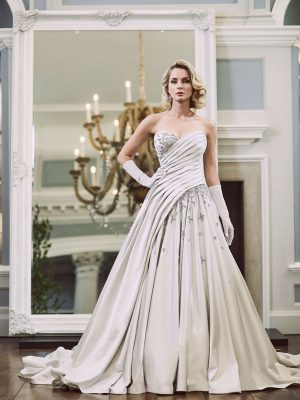 Ian-Stuart-Wedding-Dress-Web-Glitterbomb-1
