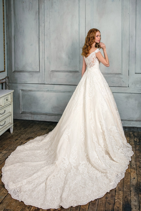 JA Signature Wedding Dress 99005
