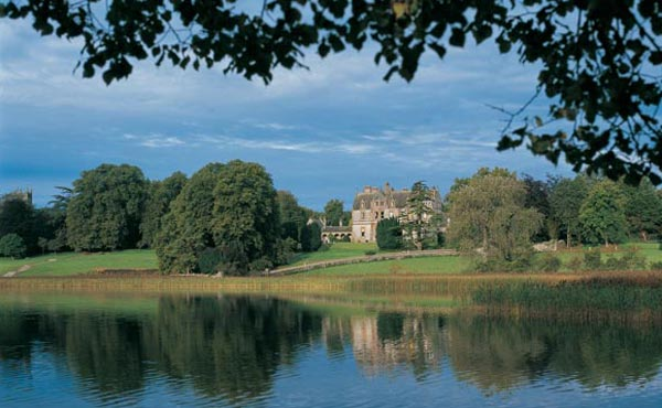 Castle-Leslie-Estate-Iconic-Castle-Leslie-Estate-Slider