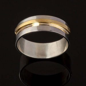 Doyle-Design—Elevate-Ring-in-white-and-yellow-gold-Ezine